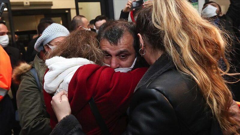 15 Türk denizci yurda döndü