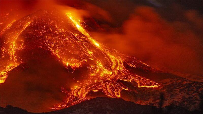 Yeniden faaliyete geçti! Şiddetli patlamalar yaşanıyor…