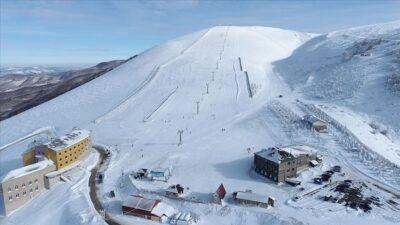Batı Karadeniz'de kış sporlarının ve eğlencenin adresi: Ladik Akdağ Kayak Merkezi