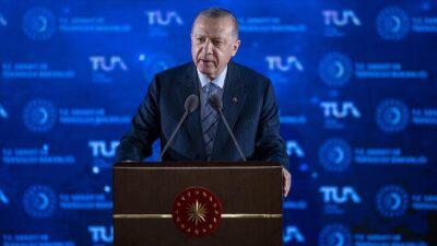 Türkiye'nin uzay programı açıklandı! Erdoğan: 2023'te ay'a gideceğiz