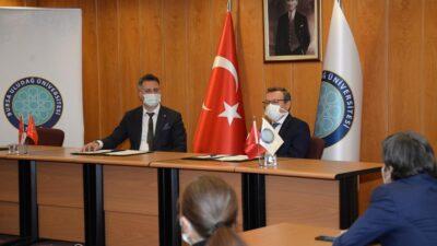 Uludağ Üniversitesi'nde flaş imza!