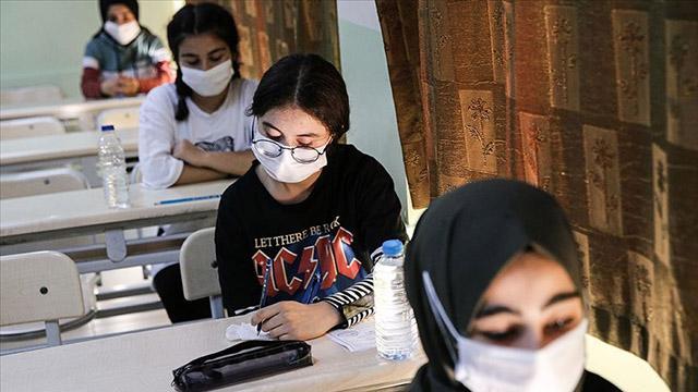 Bakan Selçuk'tan flaş yüz yüze sınav açıklaması
