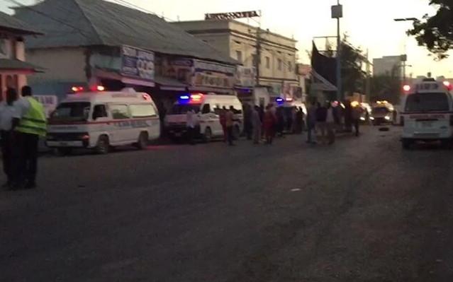 Bombalı araçla saldırı: 20 ölü