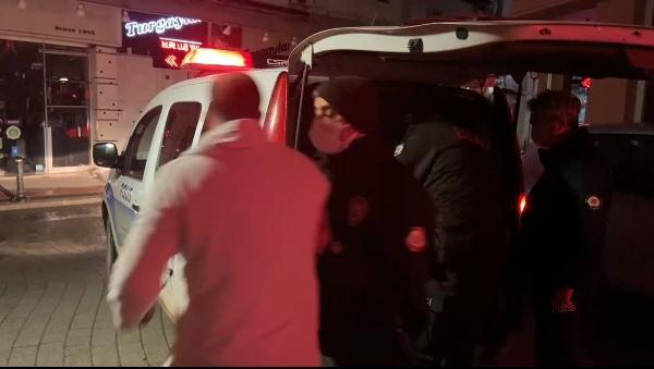Bursa'da motosikletini çalan şüpheliye saldırmak istedi, bekçiler engelledi