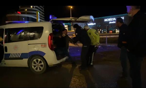 Bursa'da kovalamacanın ardından yakalandı! Arkadaşı 'Beni de gözaltına alın'