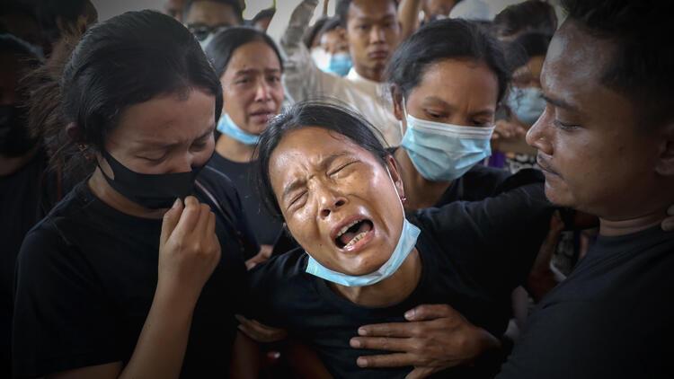 Olaylar büyüyor: 18 kişi hayatını kaybetti