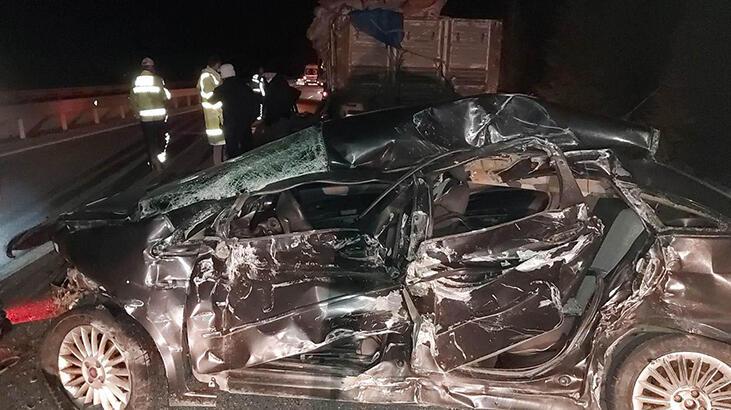 Kaza yapan sürücüye yardım için duran 2 araca kamyon çarptı! 1 ölü, 2 yaralı