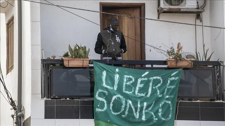 Senegal'de gözaltında tutulan muhalif lider Sonko serbest bırakıldı