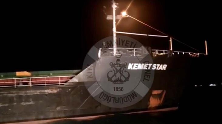 Bozcaada açıklarında kum yüklü gemi karaya oturdu