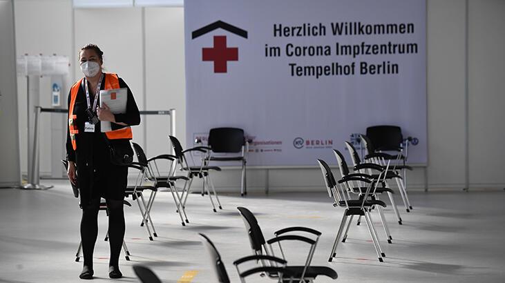 Almanya'da haftalık 100 bin kişide görülen vaka sayısı 100'ü aştı