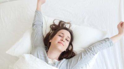 İlkbaharda kaliteli uyku için gün ışığında yürüyüş önerisi
