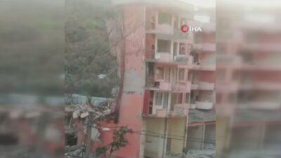 Bursa'daki yıkım anı kameraya böyle yansıdı