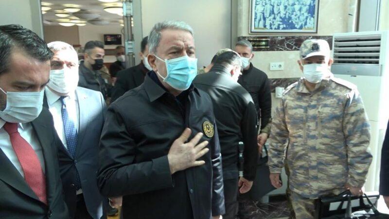 Bakan Akar'dan yaralı askerlerin durumuyla ilgili açıklama