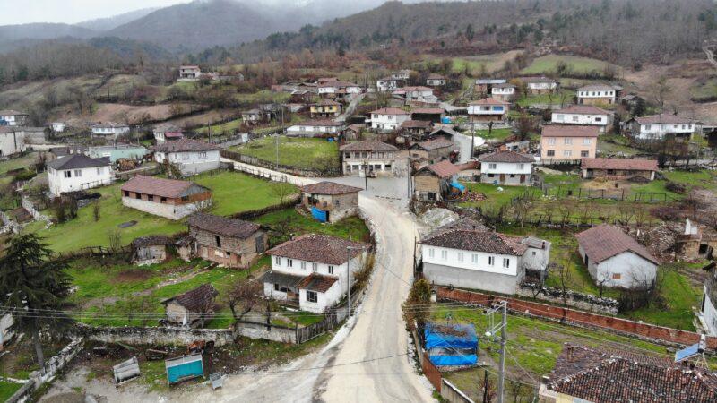 Bursa'da bu köyde dedeler ve torunlar aynı dili konuşamıyor