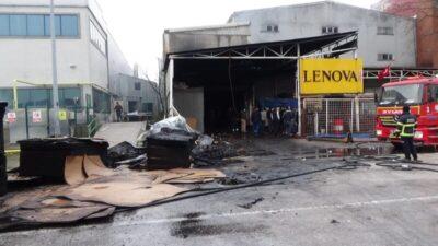 Bursa'da fabrika yangını kontrol altına alındı!