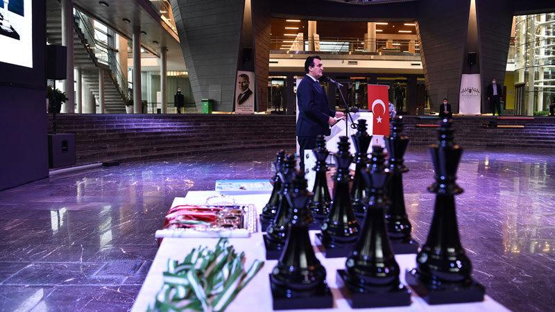 Online Satranç Turnuvası'nda ödül heyecanı