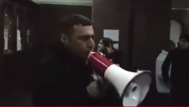 Ermenistan'da flaş gelişme! Protestocular hükümet binasını bastı