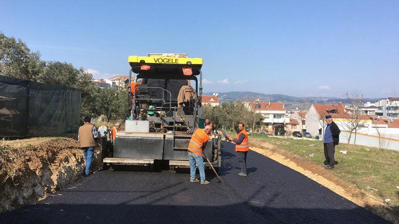 Osmangazi'de yeni açılan yollar asfaltlandı