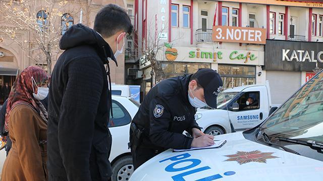 Kırıkkale'de kısıtlamaya uymayan 12 kişiye 37 bin lira ceza
