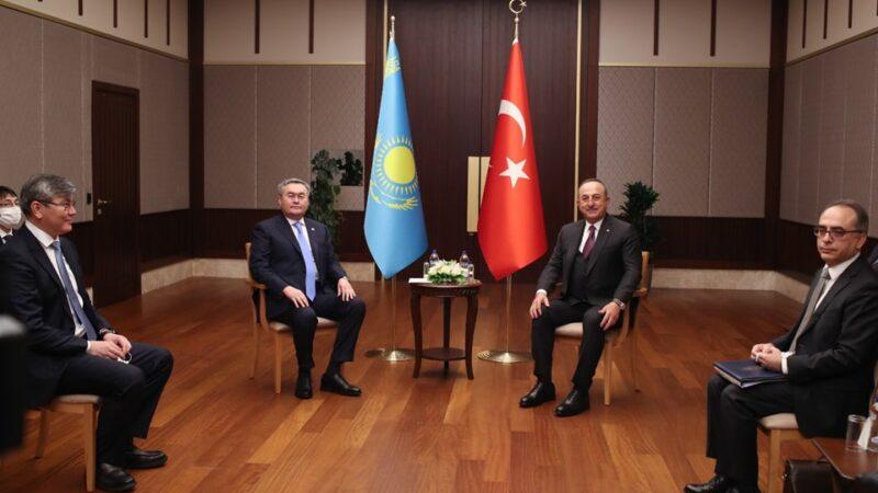 Bakan Çavuşoğlu açıkladı; Yunan bakan Türkiye'ye geliyor…