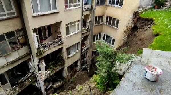 Bursa'da korku dolu anlar! 'Bomba patladı sandım'