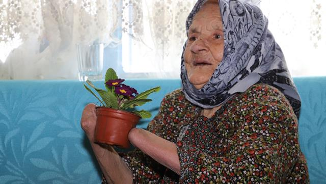 72 yıl öncesi kocası kollarını tırpanla kesti! Sebebi akıllara zarar…