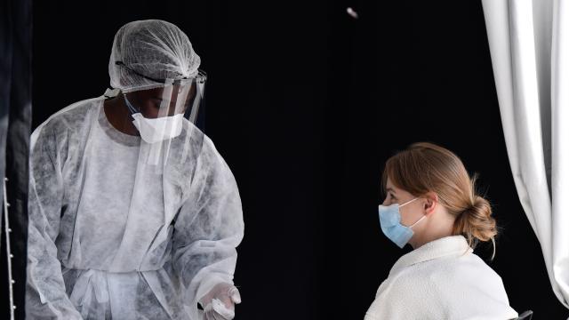Dünya genelinde koronavirüs vakaları 6 haftadır artıyor