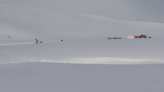 Helikopterin enkazındaki incelemeler sürüyor
