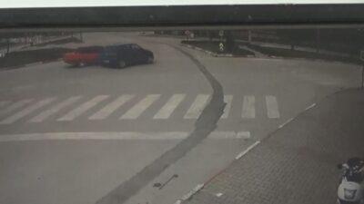 Bursa'da feci kaza! O anlar kamerada