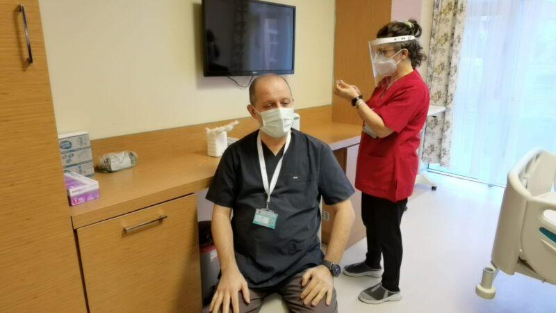 İnegöl Devlet Hastanesi Başhekimi Göçmen'de mutasyonlu koronavirüs tespit edildi