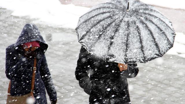 Meteoroloji'den 'kar, çığ, toz taşınımı' uyarısı