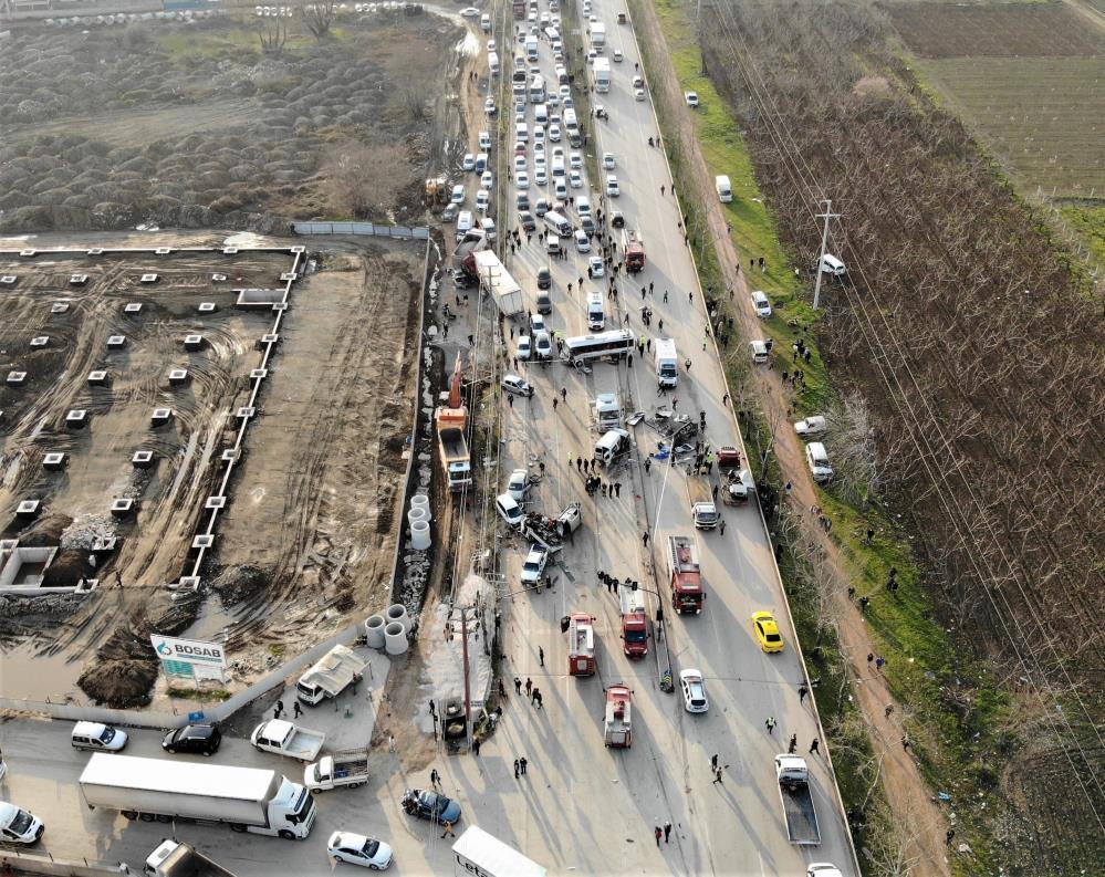 Bursa'daki feci kazada vefat edenlere son görev…