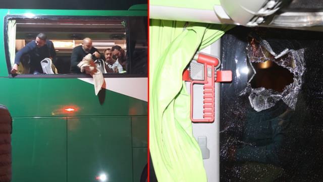 Lig liderine şok saldırı! Otobüsün camları kırıldı, kaptan yaralandı