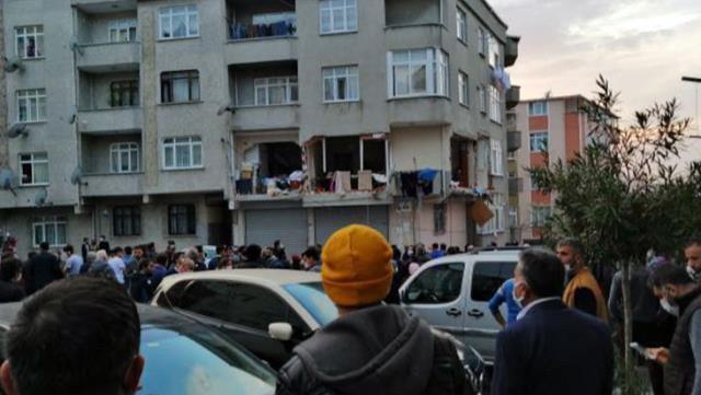 Bir apartman dairesinde doğalgaz patlaması! Yaralılar var…