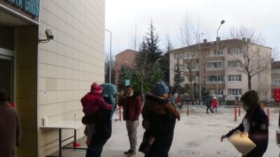 Bursa'da inanılmaz olay! Su yerine tiner içmişler…