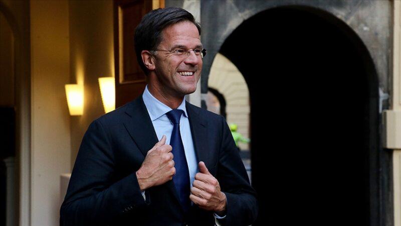 Hollanda seçimlerini Mark Rutte üst üste 4'üncü kez kazandı