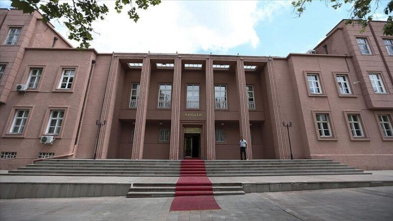 Eski AYM üyesi Tercan'a FETÖ'den verilen hapis cezası onandı