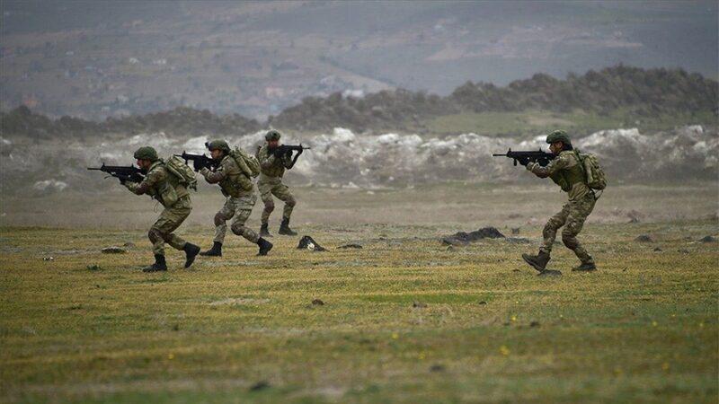 İHA'lar buldu komandolar vurdu: 10 PKK/YPG'li etkisiz hale getirildi