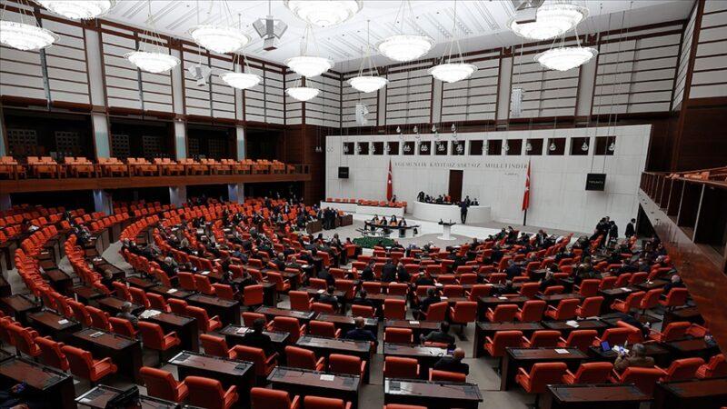 AK Parti yeni kanun teklifini Meclis'e sundu