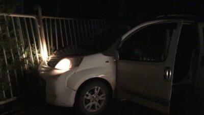 Bursa'da hareketli dakikalar! Polisten kaçarken kaza yaptılar