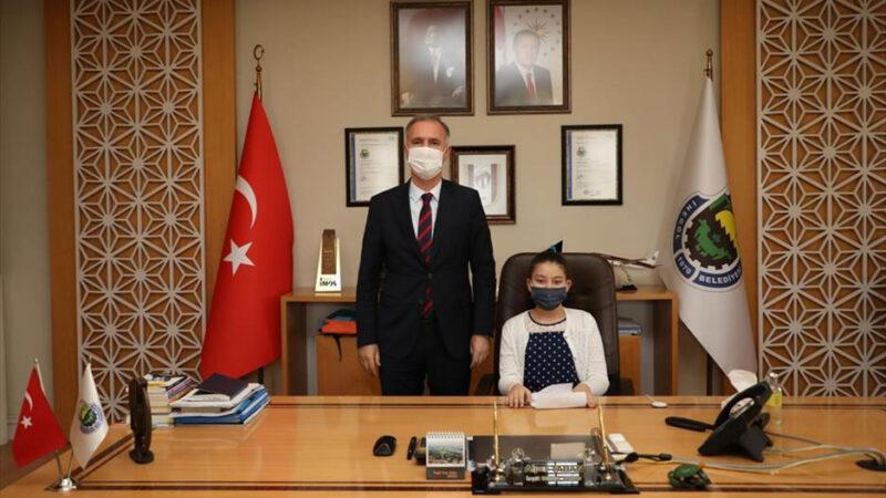 Başkan Alper Taban makamını devretti