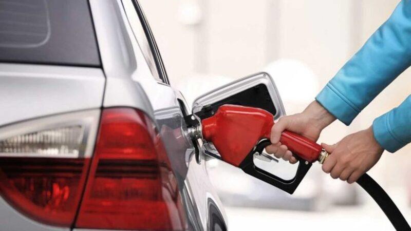 Benzin ve motorine zam! ÖTV'den karşılandı