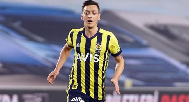 Mesut Özil'den Avrupa Süper Ligi tepkisi