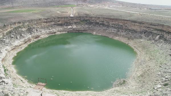 Bölgenin en eskilerinden… Suyu 8 metre kaldı