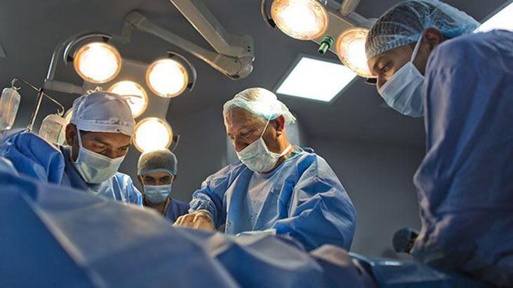3 cinsel organla dünyaya geldi! Dünya üzerinde bir ilk