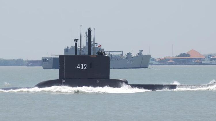 Kayıp denizaltının ilk parçası bulundu!