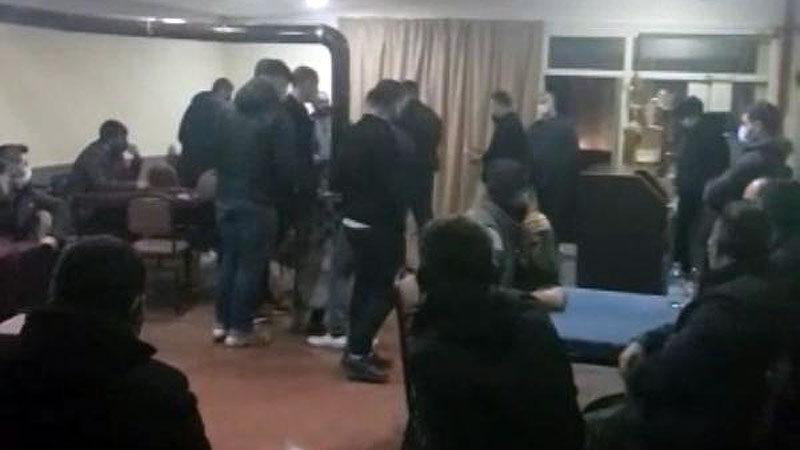 Bursa'da spor kulübü lokaline kumar baskını