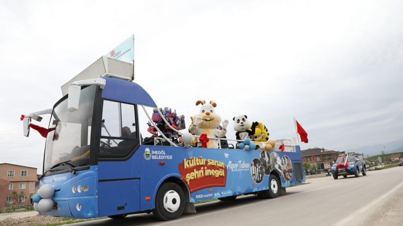 Çocuk Şenliği Otobüsü her yerde