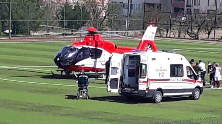 Malatya'da ambulans helikopter stada indi! Sıcak görüntü…