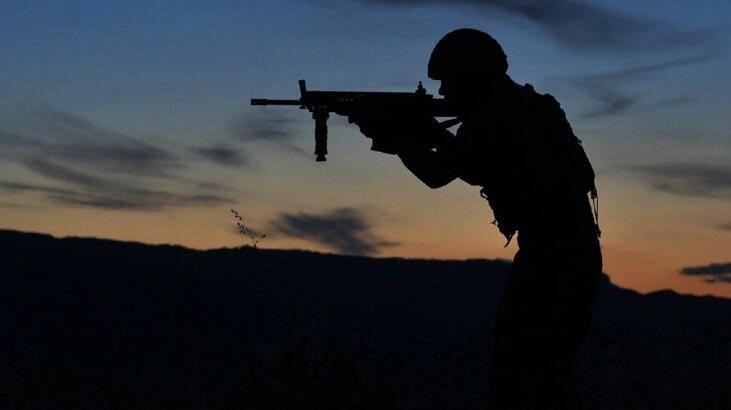 Taciz atışı yapan 4 PKK'lı terörist etkisiz hale getirildi